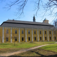 bila-voda-kolegium-pijarow-5.jpg