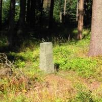 borowkowa-kamien-graniczny.jpg