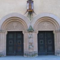 brochow-kosciol-portal.jpg