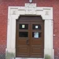 brynek-palac-budynek-gimnazjum-portal
