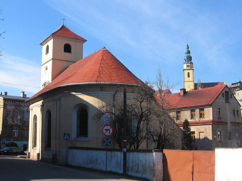 bystrzyca-dawny-szpital-kosciol-szpitalny-2