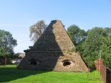 roznow-kosciol-grobowiec-w-ksztalcie-piramidy-3_0