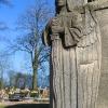 czempin-cmentarz-katolicki-mauzoleum-rzezba-1