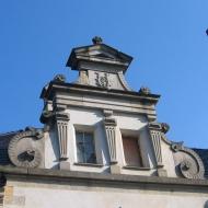dabrowa-zamek-szczyt