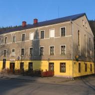 dlugopole-zdroj-budynek