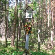 janik-kapliczka-lesna-1