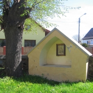 klosow-kosciol-kapliczka-1