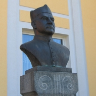 koscian-pomnik-ul-kurpinskiego