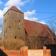 kuzniczysko-kosciol-drewniany-2