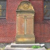 kwietno-kosciol-pomnik-poleglych