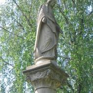 lawki-kosciol-figura-2