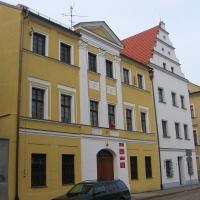 legnica-ul-partyzantow-budynek.jpg