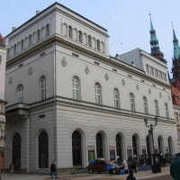 legnica-rynek-teatr-2.jpg