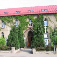 lyski-klasztor-1