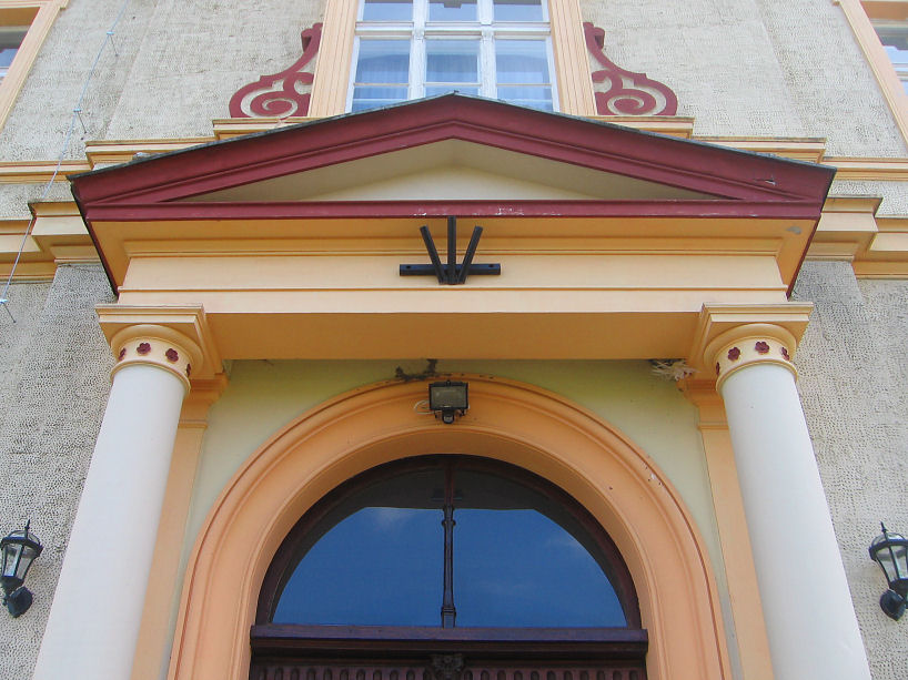 makowice-palac-portal
