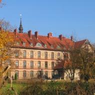 malkowice-klasztor-1