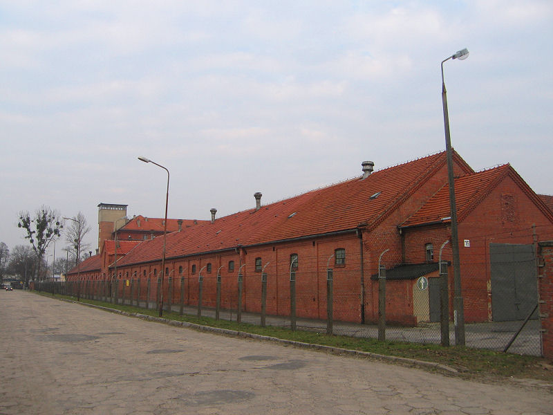 milicz-koszary-2.jpg