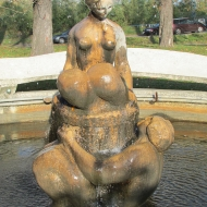 ul-na-grobli-1-pan-fontanna-2
