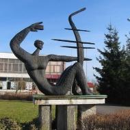 niemodlin-pomnik