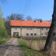 pielaszkowice-ruiny-palacu-folwark-3