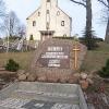 pniow-pomnik-750-lecia-wsi