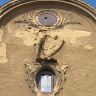 pyszczyn-palac-portal-szczyt