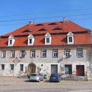 ruja-budynek-1