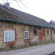 sieroty-budynek