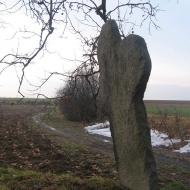 skarszyn-krzyz-kamienny-2