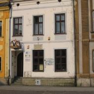skoczow-rynek-muzeum-sarkandra