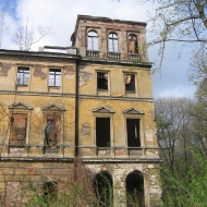 slawikow-ruiny-palacu-6