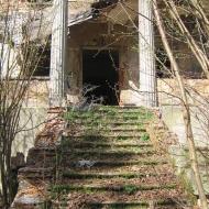 strzybnik-palac-schody