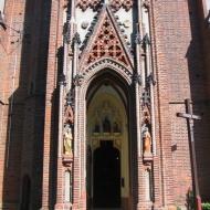 tuly-kosciol-portal