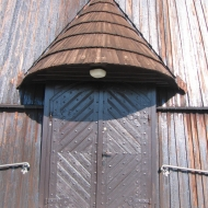 wachow-kosciol-drzwi
