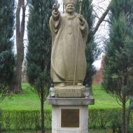 wadroze-wielkie-kosciol-pomnik-jp2