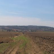winna-gora-widok-na-wies-i-wzgorze-1