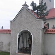 wisnicze-kosciol-kapliczka-1