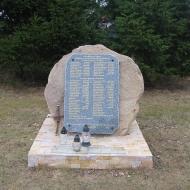 wojska-kosciol-pomnik-poleglych