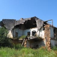 zarzysko-ruiny-dworu-2
