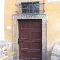 zlotoryja-kosciol-sw-jadwigi-klasztor-franciszkanow-portal.jpg