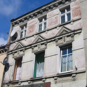 bierutow-budynek-2