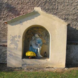 osiek-kosciol-kapliczka