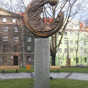 gliwice-pl-mickiewicza-rzezba