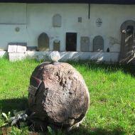 ludow-slaski-kosciol-lapidarium