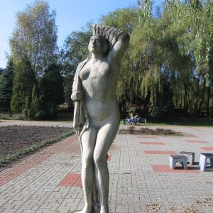 muchowiec-rzezba-1.jpg