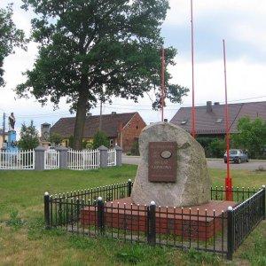 lewkow-pomnik
