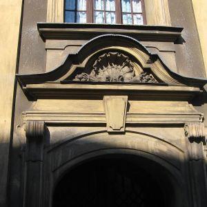cieszyn-kosciol-sw-krzyza-portal