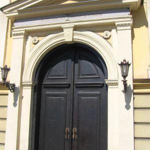 cieszyn-klasztor-bonifratrow-kosciol-wniebowziecia-nmp-portal