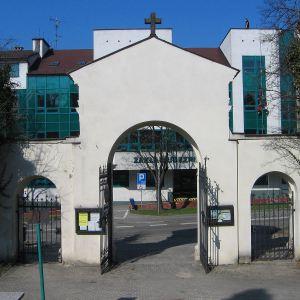 cieszyn-cmentarz-ewangelicki-brama-2