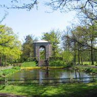 kluczbork-park-mauzoleum-5